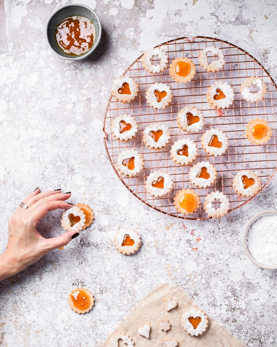 assembling vegan Linzer cookies