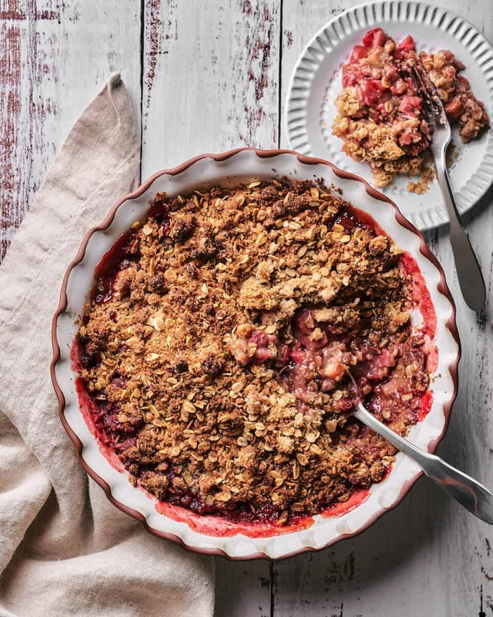overhead photo of vegan and gluten free strawberry rhubarb crisp